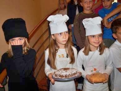 http://www.kastela.org/images/stories/arhiv/novosti4/grupe2009/10/kruv2/02.jpg