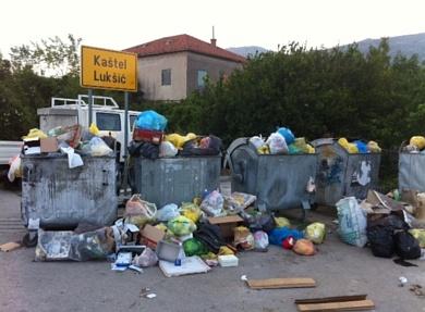 http://www.kastela.org/images/stories/novosti/2011/6/smece/s5.jpg