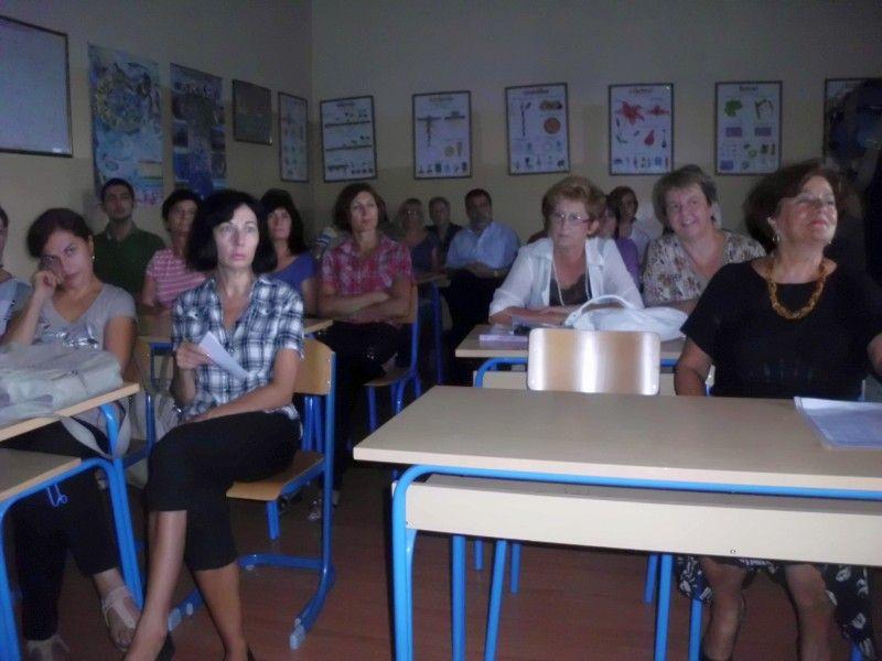 http://www.kastela.org/images/stories/novosti/2012/9/potpora/foto/potpora6.jpg